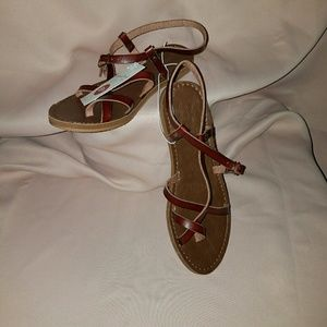 Womans Strappy Sandals